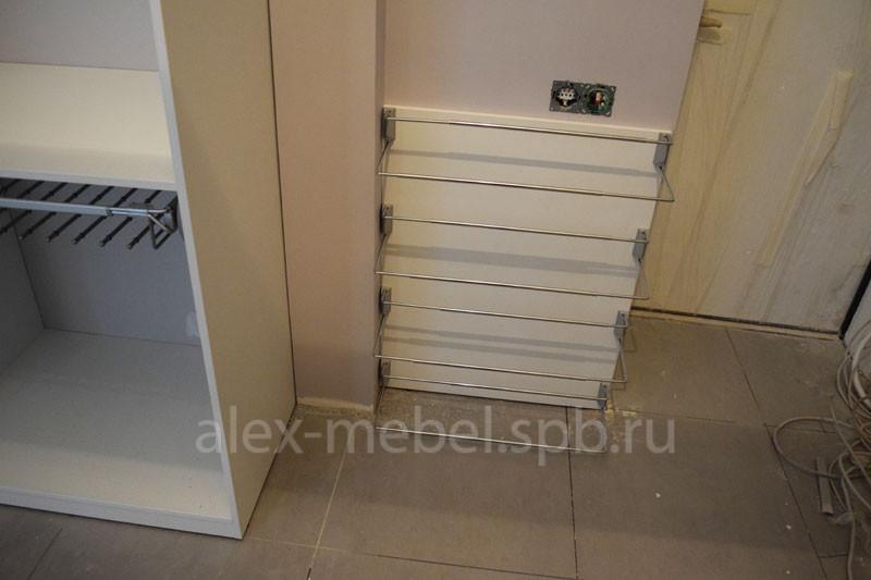 Конструкция гардеробных дверей-купе